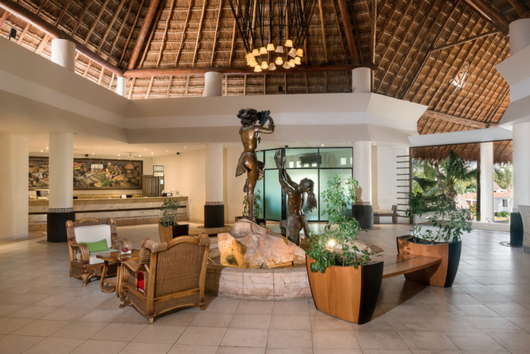 Professional Photographer Based in the Riviera Maya