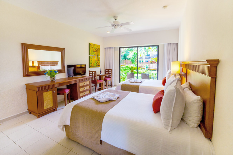 accommodations-coco_0000_superior-accommodations-coco-57598dade4ed9